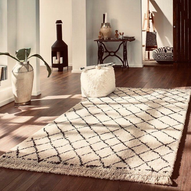 Boho Decor Hippie Decor Home Decor Ideas Area Rug Beni Ouarain Rug Carpet In 2020 Rugs On Carpet Interior Room Decoration Carpet Trends