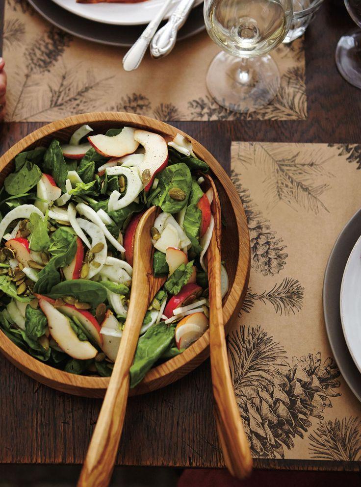 Recette de Ricardo de salade d'épinards, de fenouil et de poire rouge