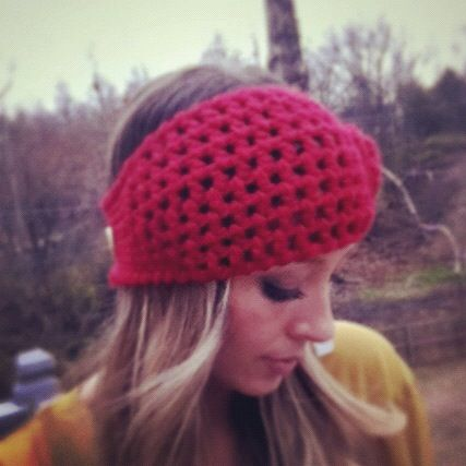 This is a classy take on the hippy headband trend I've sen so much of this winter.
