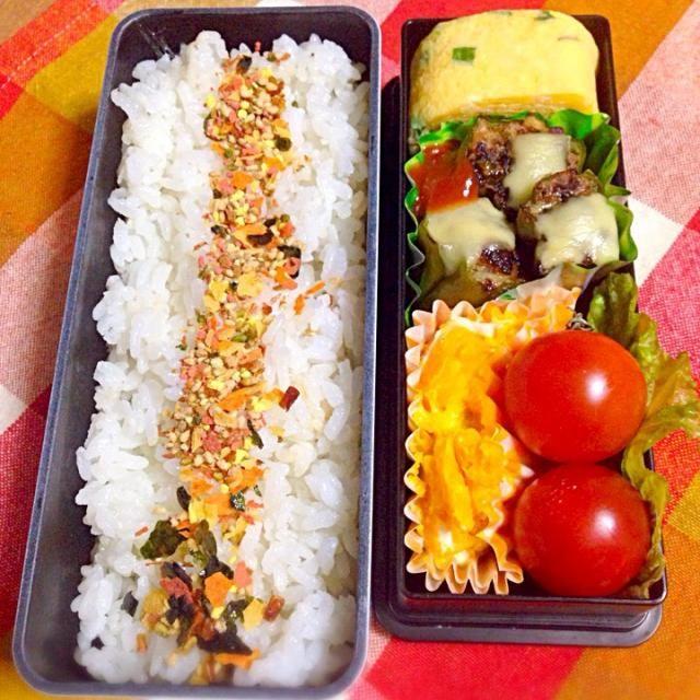 華の金曜日(^O^)/ - 16件のもぐもぐ - ピーマン肉詰め、卵焼き、カボチャサラダ、ミニトマト(^O^)/ by fb798968694y1