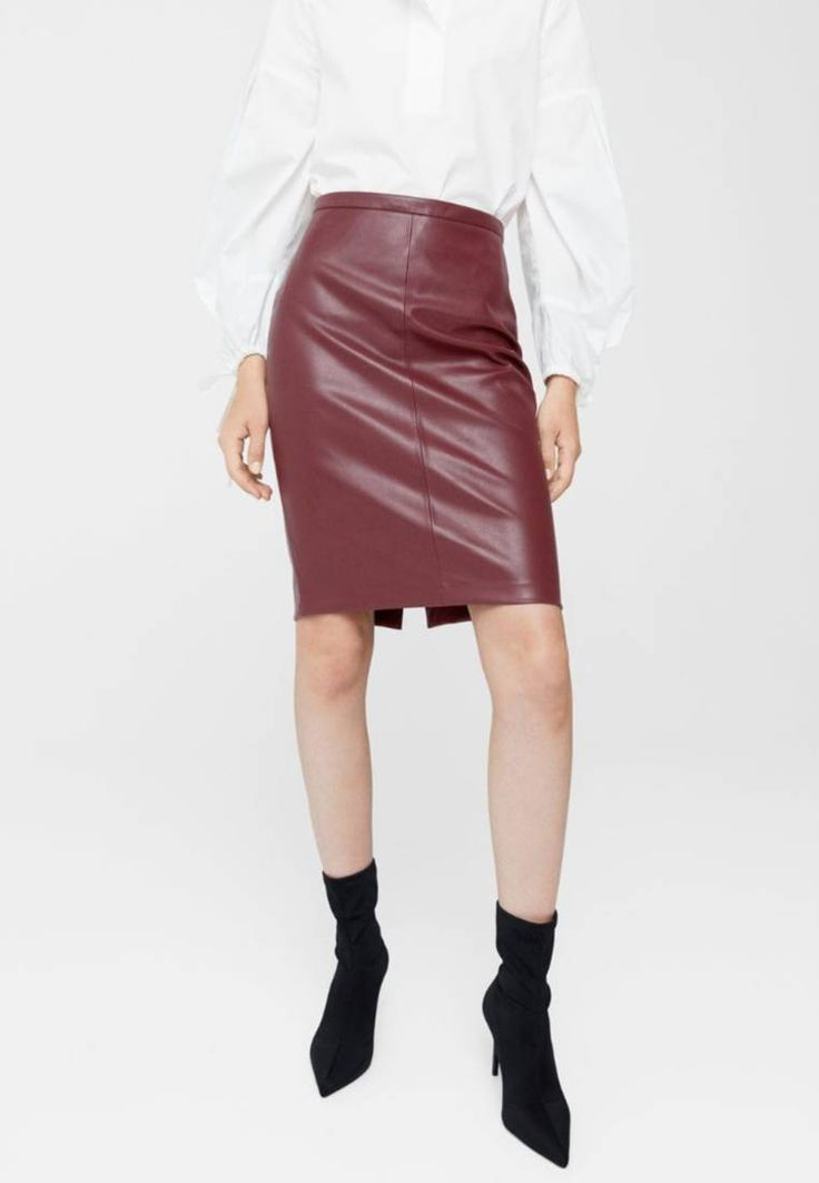 """Mango. PENCIL - Pencil skirt - maroon. Fit:Tailored. Outer fabric material:100% polyester. Pattern:plain. Care instructions:do not tumble dry,machine wash at 30°C,Do not iron. Details:zip fastening. inner leg length:23.5 """" (Size 8). Len..."""