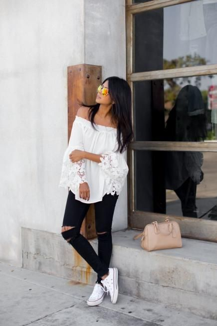 One of the sexiest ways to show some skin this summer is with an off-the-shoulder top, like this one on Sheryl of Walk in Wonderland.