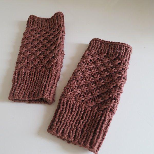 """Tuto tricot: les mitaines """"Noisettes Étoilées""""."""