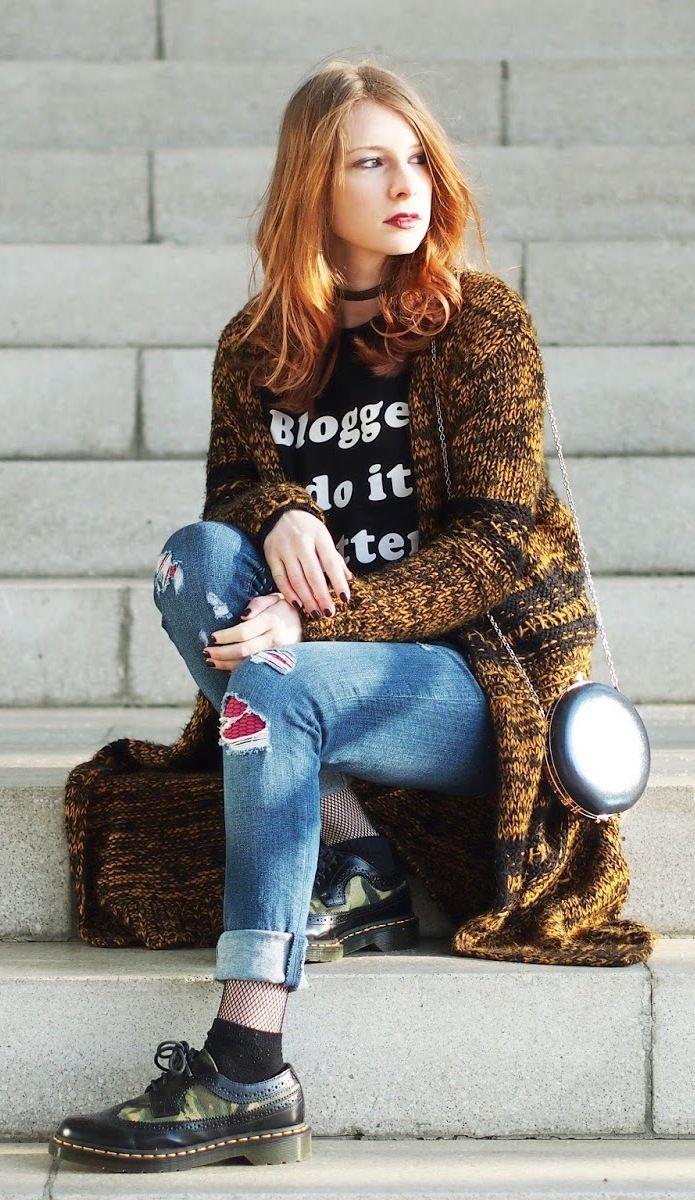 http://www.thefashionableblog.com/2017/01/outfit-lange-strickjacke-von-topshop-netzstruempfe.html #netzstrümpfe #netzstrumpfhose #jeans #drmartens #docs #schnürer #mash #mashtights #bloggersdoitbetter #sweater #mango #topshop #cardigan #ootd #outfit #fashionblogger #fashionblogger_de