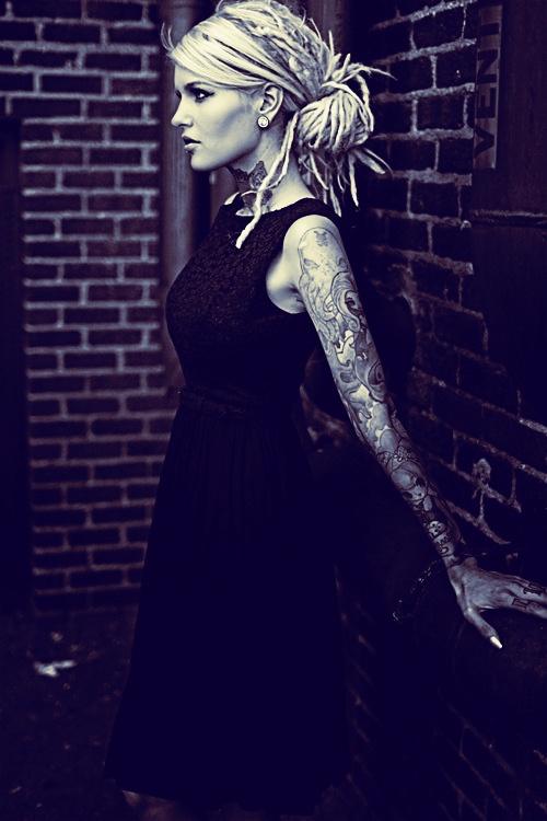 #dreads #dreadlocks #blondedreads #blonde #dreadlove www.doctoredlocks.com