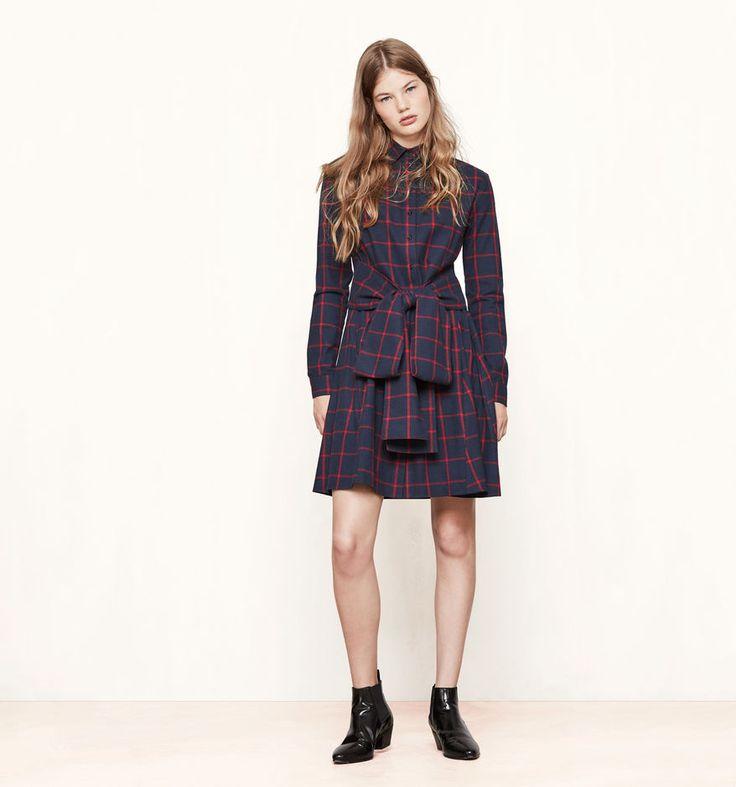 Robe chemise à carreaux RULY. La robe en coton se pare d'un superbe motif à  carreaux sur l'ensemble.… - Boutique en ligne Maje
