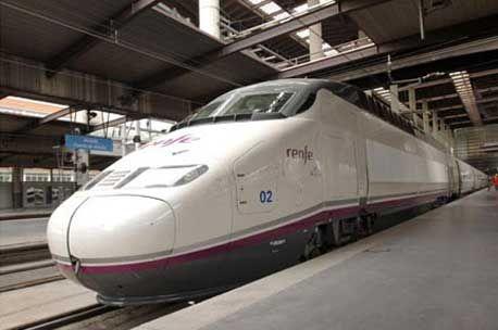 Ferrovial obtiene la licencia para competir con Renfe en el transporte de viajeros - http://plazafinanciera.com/mercados/empresa/ferrovial-obtiene-la-licencia-para-competir-con-renfe-en-el-transporte-de-viajeros/ | #Ferrovial, #MinisterioDeFomento, #Renfe #Empresas