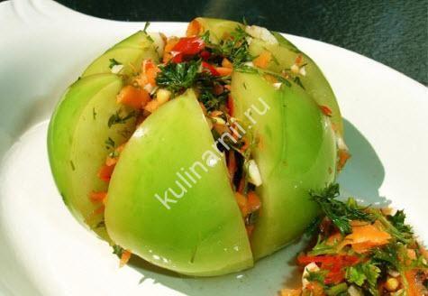 Приготовьте фаршированные зеленые помидоры рецепт, уверена, Вашей семье очень понравится эта отменная закуска.
