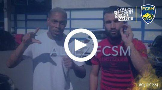 """Découvrez la  des joueurs sochaliens disant """"Allez Sochaux"""" en langue des signes avec l'aide de Celik Yasin : ► http://www.fcsochaux.fr/fr/index.php/article/10179 …"""