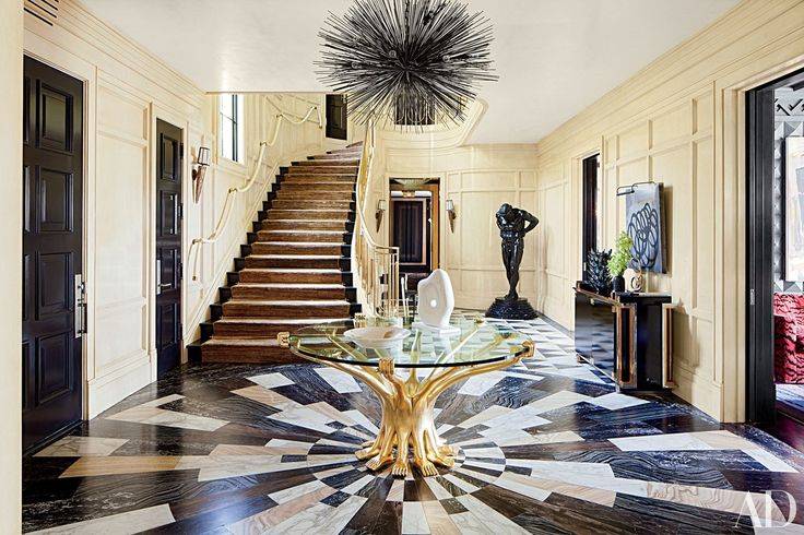 Designer Kelly Wearstler created a bold new look for this 1930s Bel Air, California, residence.