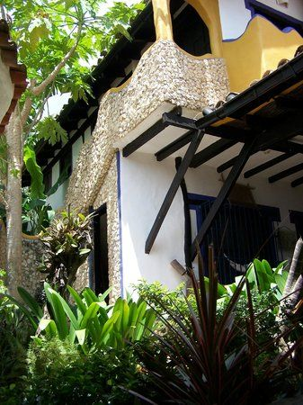 Posada El Solar de la Luna, Tucacas: See traveler reviews, 51 candid photos, and great deals for Posada El Solar de la Luna, ranked #4 of 8 hotels in Tucacas and rated 5 of 5 at TripAdvisor.