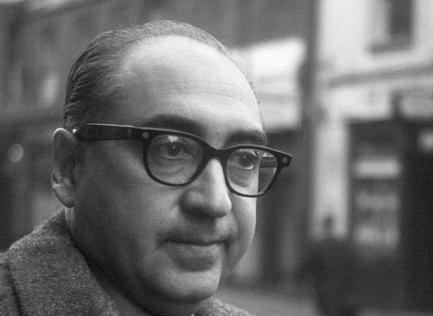 """Saul Bass (1920–1996) was a graphic designer & filmmaker, perhaps best known for his design of film posters and motion picture title sequences. Bass worked for some of Hollywood's greatest filmmakers, including Hitchcock, Kubrick, & Scorsese. Amongst his most famous title sequences are for North by Northwest, & Psycho. Bass also designed iconic corporate logos in North America, including the AT """"bell,"""" and the AT's """"globe."""" He also designed Continental's jetstream, and United's tulip."""