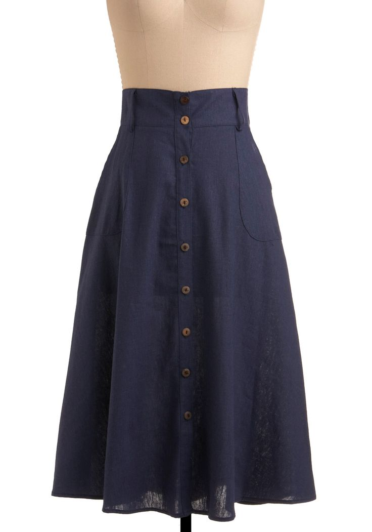 Used to have a similar Isaac Mizrahi skirt I wore *all* the time (basically instead of jeans), need another one!