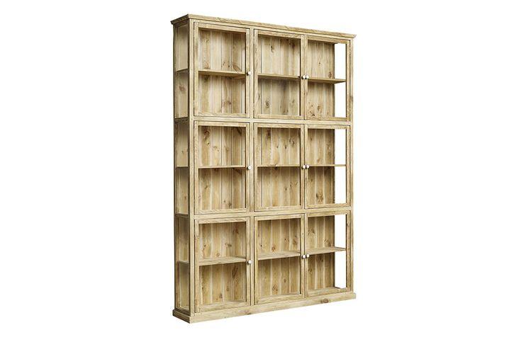 Nature vitrinskåp med 9st dörrar. Ett vackert och unikt vitrinskåp av furu och glas med 9 dörrar.   Möbler och inredning från Nordal utstrålar en stilren men också en rustik känsla och personlig känsla. Möbler från Nordal ger en harmonisk känsla i hemmet!