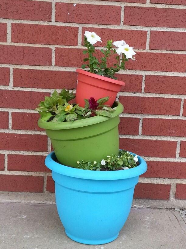 plastic flower pot tower - Outdoor Flower Pots