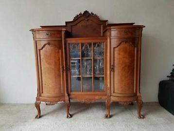 Antiek dressoir