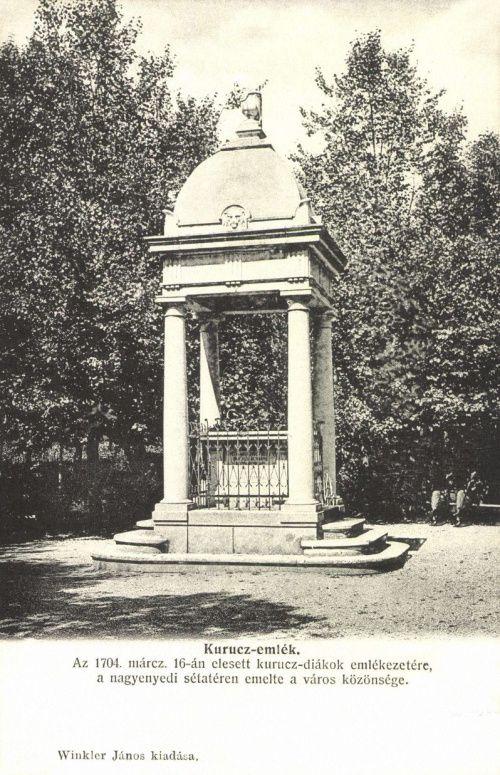Nagyenyed:1704-es elesett kuruc diákok siremléke.1906.