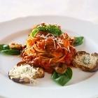 """Al Ristorante """"I Due Mari"""" esperienze gastronomiche all'insegna del gusto e della raffinatezza dei sapori."""