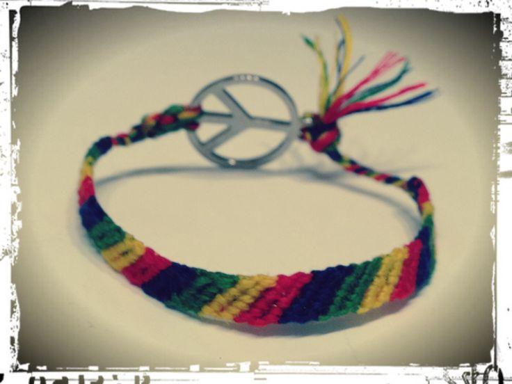 Knot bracelet rainbow