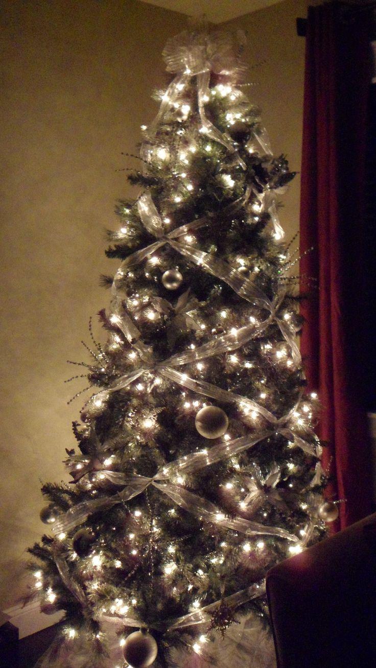 Christmas Tree Bow Topper Criss Cross Ribbon