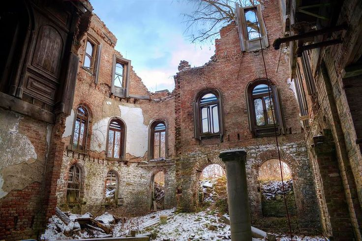 17 best images about wyndcliffe on pinterest rivers for Abandoned mansions in new york for sale