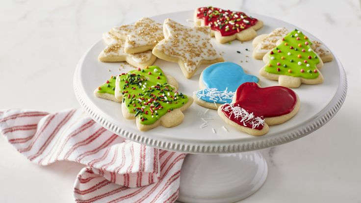 Classic Christmas Sugar Cookie Cutouts recipe and reviews - These pretty sugar cookies are a classic addition to the holiday cookie tray.  They make great decorations, too!