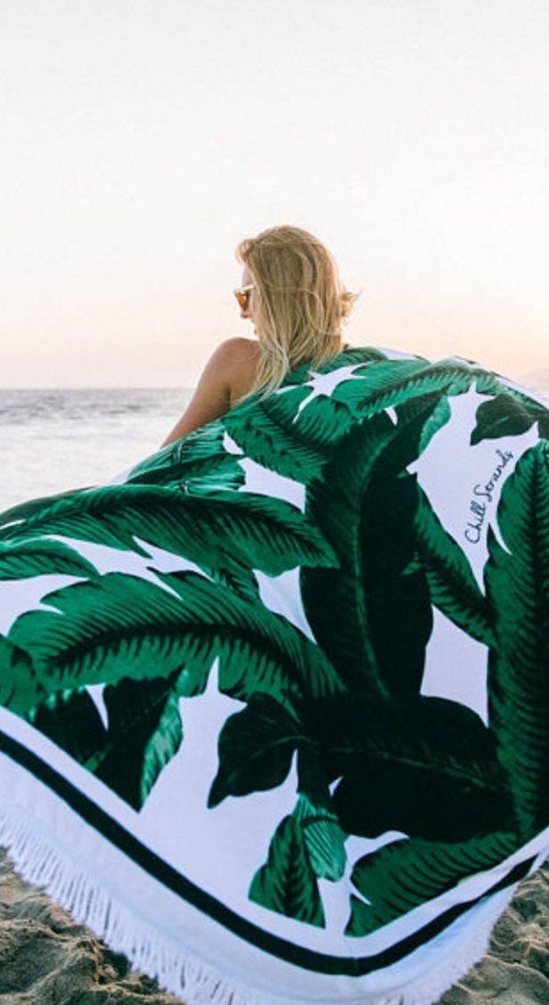 Large palm print towel