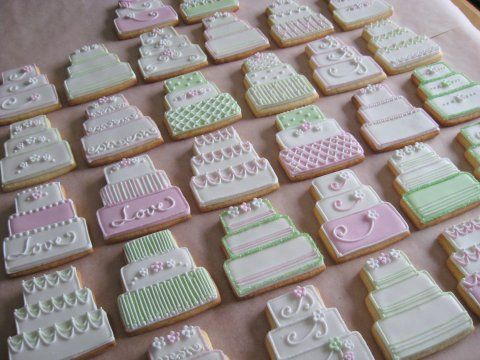 Some good design ideas for wedding cake cookies.