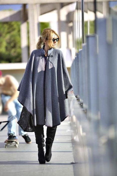 "Grey cape and bag""Eclectic Soiree"" @Panos Kallitsis Salon worn by Maria Iliaki"