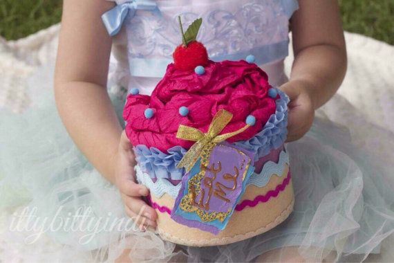Alice in Wonderland oversized faux cake Eat Me by EverTheDream