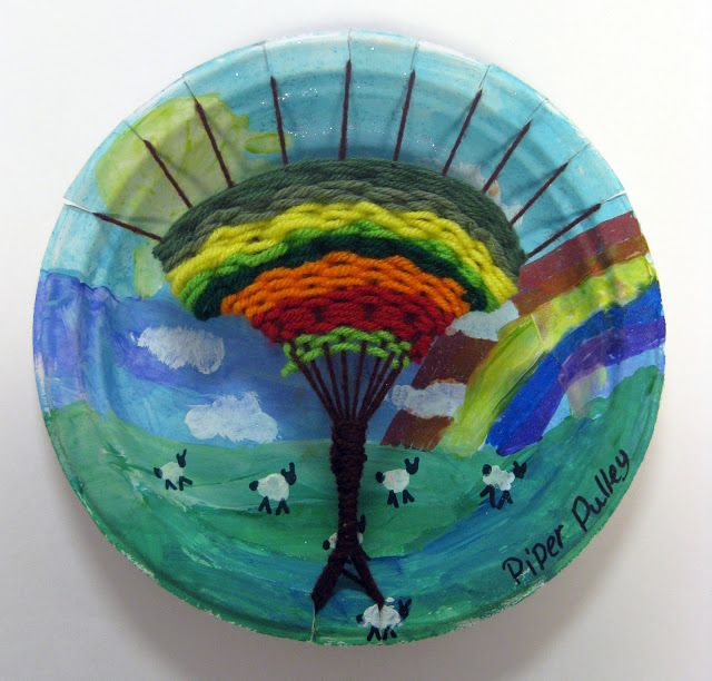 This will be my weaving project next year!! :) Cassie Stephens: In the Art Room: The Art Show Part 2