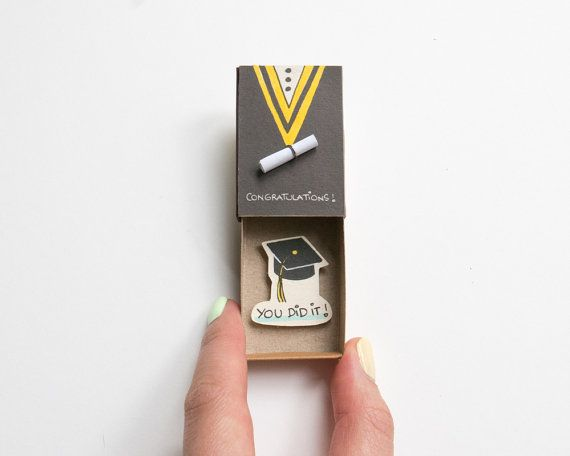 Abschluss-Karte / Herzlichen Glückwunsch, du hast es Karte Matchbox / College-Grad-Geschenk-Box / OT047