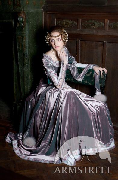 « Lady Rowena » robe de velours exclusive médiévale brodée d'ArmStreet