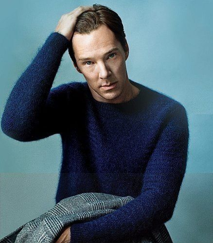 Looks super cuddly in the sweater and the color is fantastic on him  : Cumberbitches