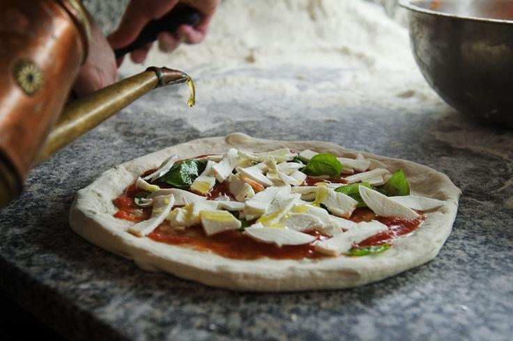 Pizza margherita_www.sorbillo.it