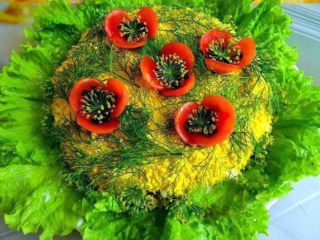 """1 Салат мимоза """"Маки"""" По классическому рецепту По-моему, наиболее удачный рецепт, отличающийся сбалансированным вкусом. Ингредиенты для рецепта: картофель отварной 3-4 шт среднего размера морковь о…"""