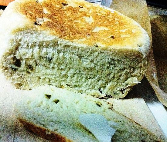 Как испечь хлеб с луком в мультиварке