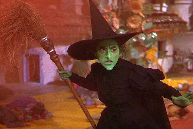 "The Wizard of Oz (1939)    ""Who killed my sister?"", the Wicked Witch appears in Munchkin Land."