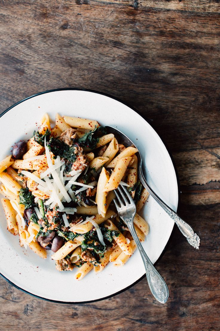 Garlicky greens and sausage penne on Foodess