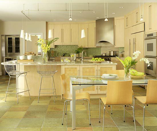 Find the perfect kitchen color scheme maple cabinets for Perfect kitchen colours