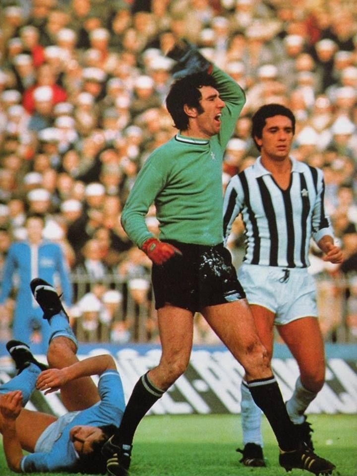 Dino Zoff (Juve, 1976).