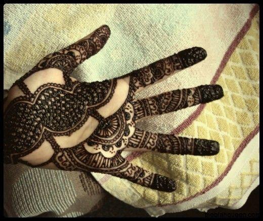Latest  Bridal Mehendi Designs