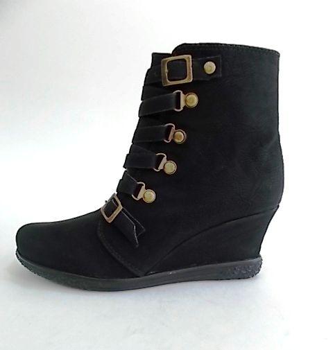 ¿Que te parecen? Define tu estilo con estos botines. Adquiere las en www.calzared.co