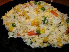 Vegyes saláta: Zöldséges-tojásos rizs