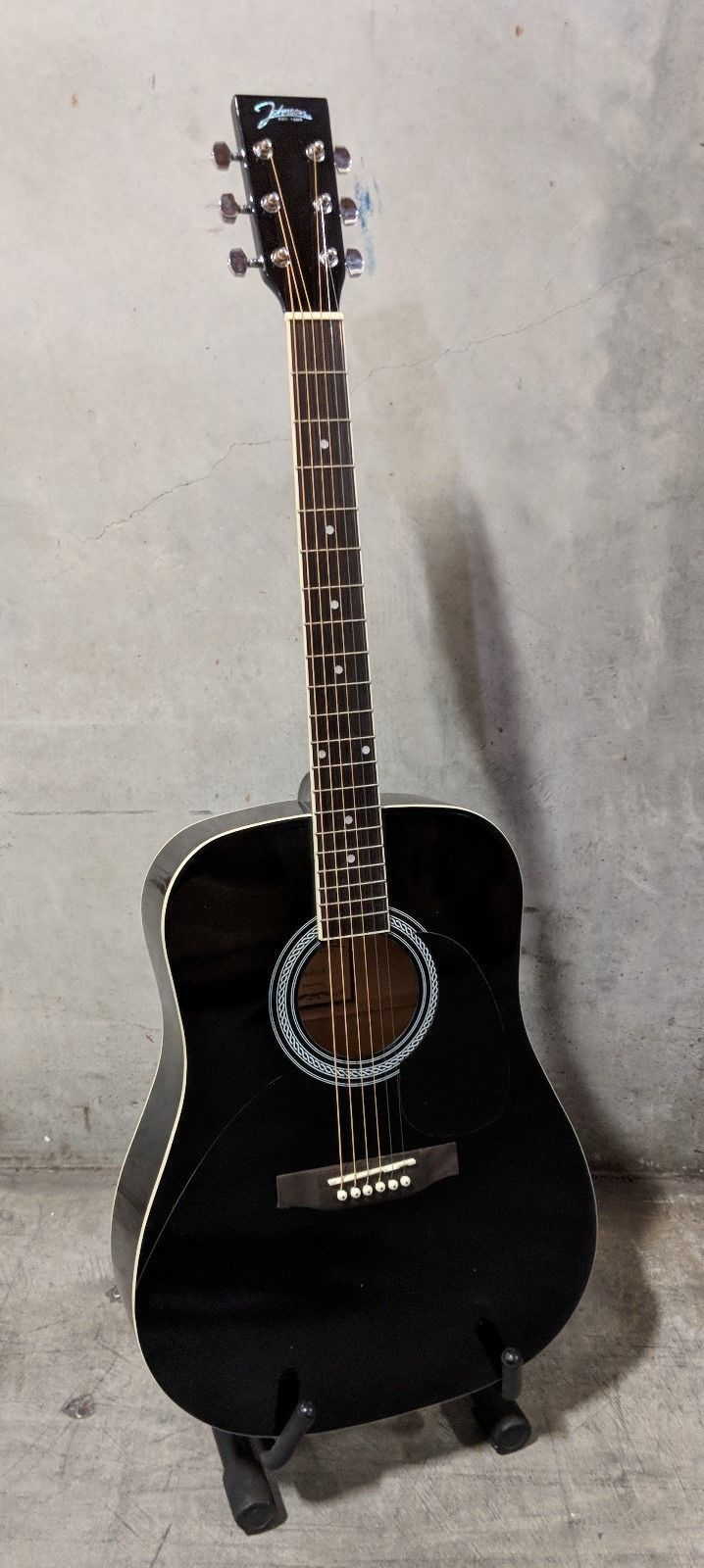 #guitar Johnson JG-610-B 610 Player Series Acoustic Guitar, Black please retweet