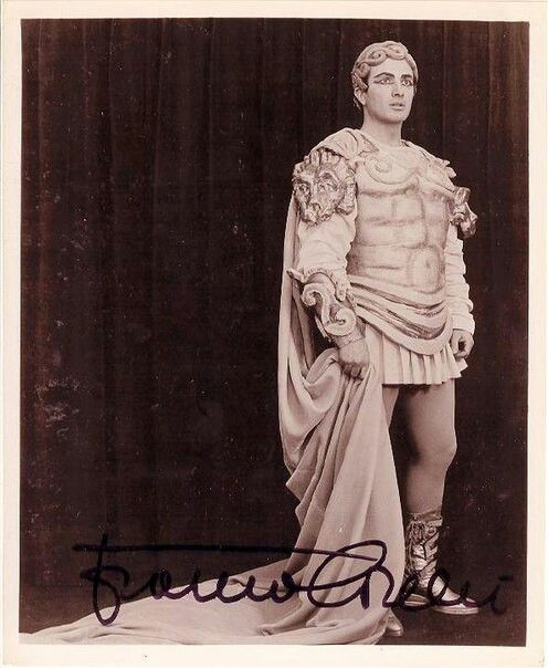 83 best images about franco corelli on pinterest for La scala marbella