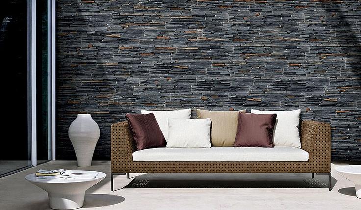STONEPANEL® LAJA NEGRA Panel de pizarra tradicional de tonalidades negras y azuladas | #panel #piedra #natural #decoracion #arquitectura #suelos #paredes