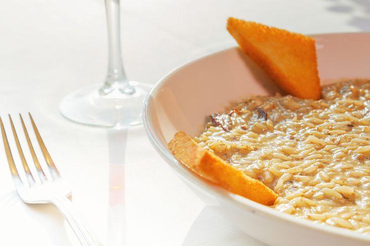 Crema, magret de pato y #trufa negra, todo ello en nuestro #Risotto Magret y tartufina. Un plato más que #delicioso