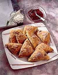 Cinnamon-Date Scones -- trying this soon!