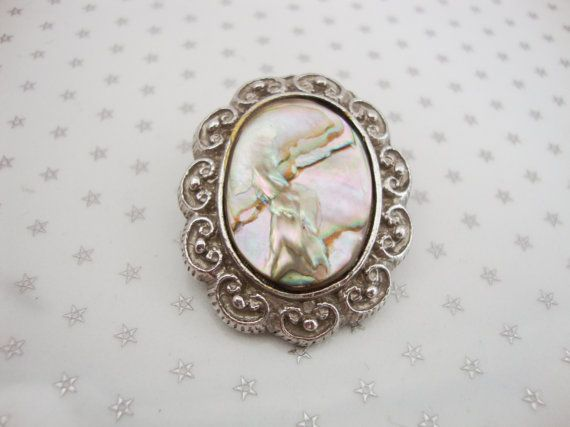 Vintage Silver Tone Oval Filigree Abalone Shell Scarf Clip Clasp Ring //Granny Chic// //70s//